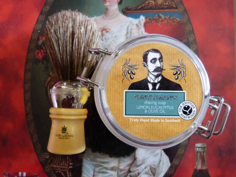 Composition savons à barbe (ne poster qu'en ajout liste) - Page 2 P1040613