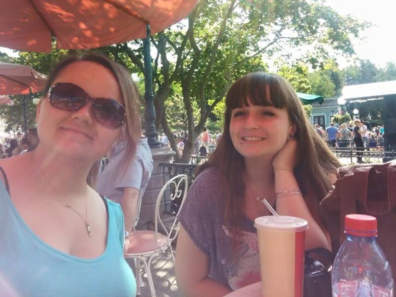 Vous, vos amis, votre famille, les meilleurs moments sur les parcs pour vous en photos... - Page 2 11228910