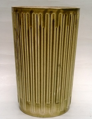 822 Large Ribbed Vase [Interflora] 6 inches high first made 11.12.62 822_la10
