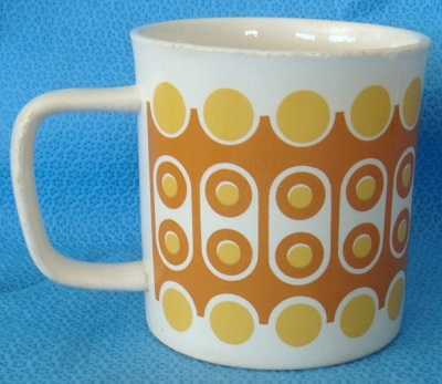 What is the shape number for this retro cup?  It is the 3035 shape! What_i10