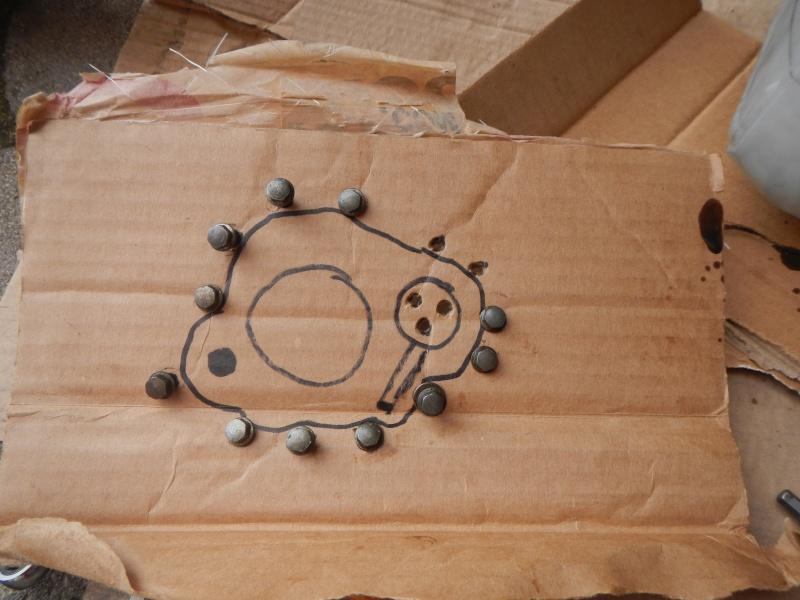 """Frizione smontaggio (attenzione errore sul manuale officina """"Clymer"""") Dscn8614"""