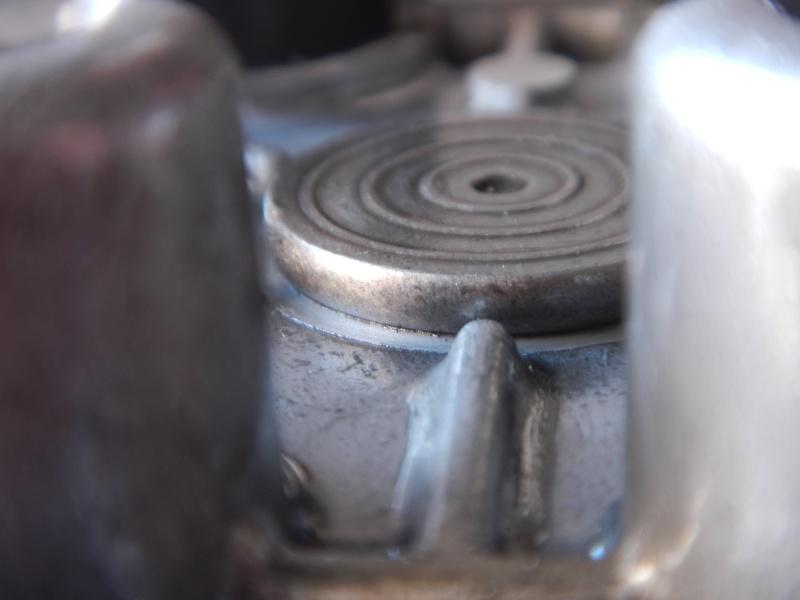 """Frizione smontaggio (attenzione errore sul manuale officina """"Clymer"""") Dscn8624"""