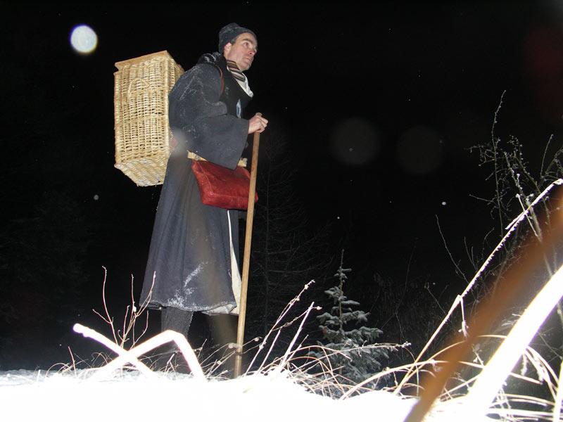 Rando médiévale de nuit dans la neige par -7° à 1200m d'alt. B10