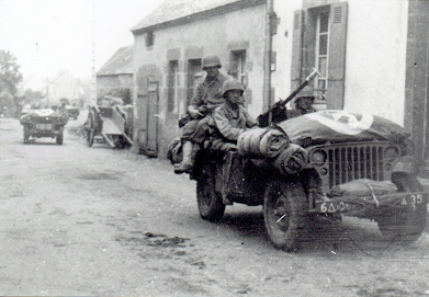6th Armored Division... - Page 2 Plouar11