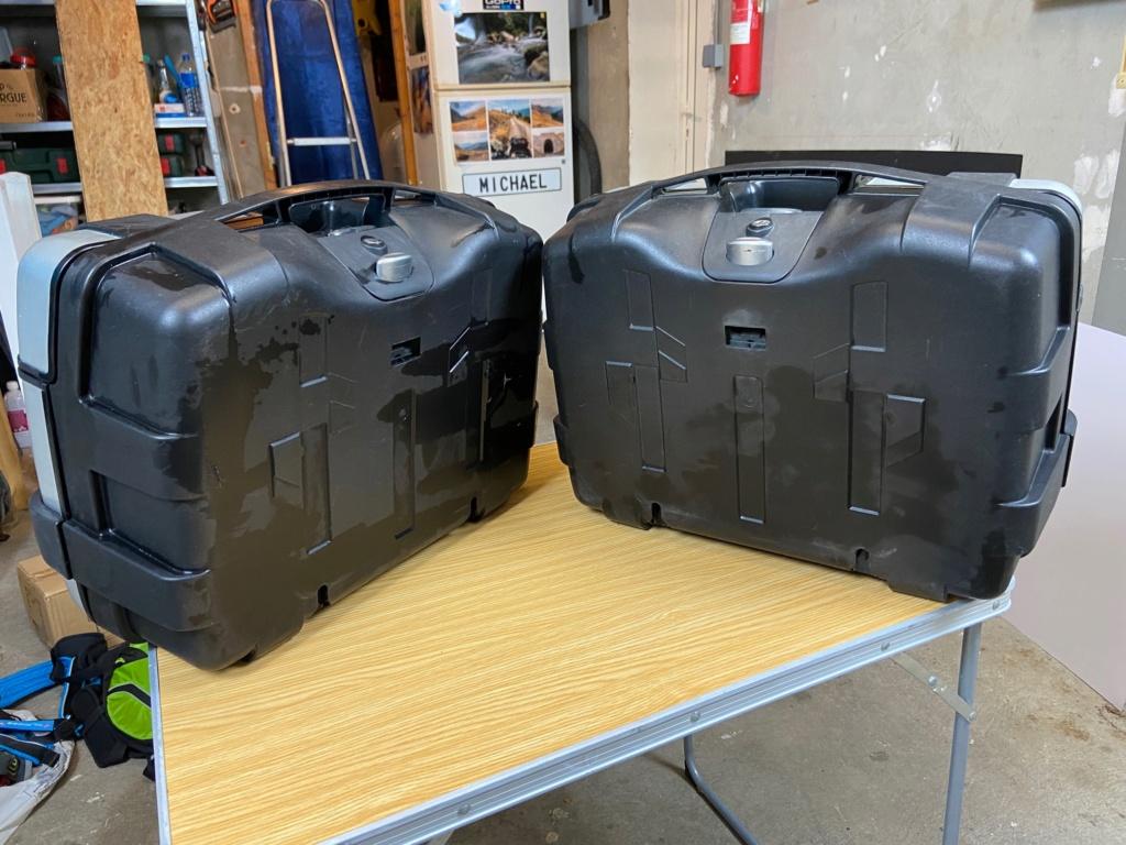[VENDU] Paire de valises GIVI Trekker 33 litres Img_6427