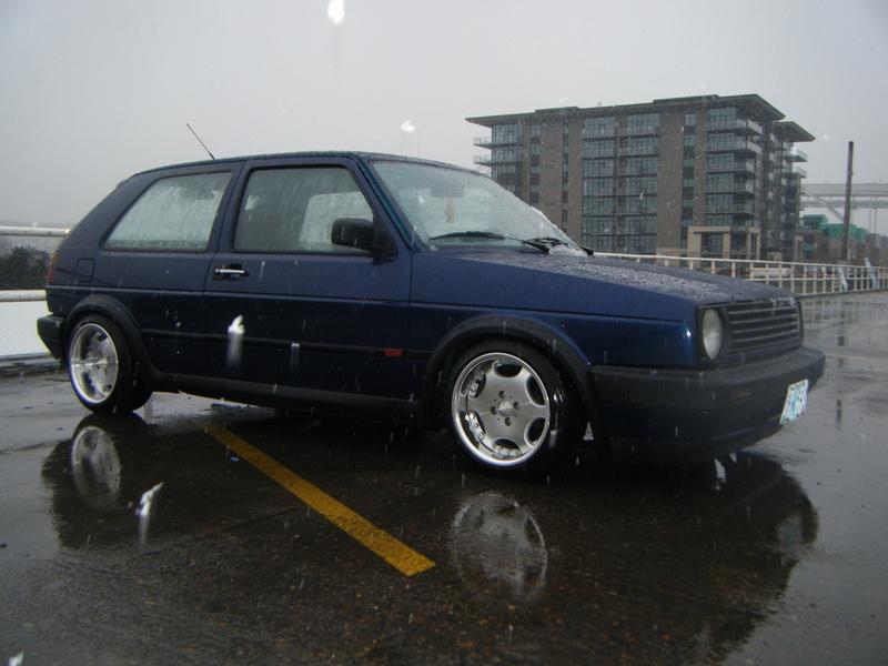 [ VW ] GOLF MK2 09030310