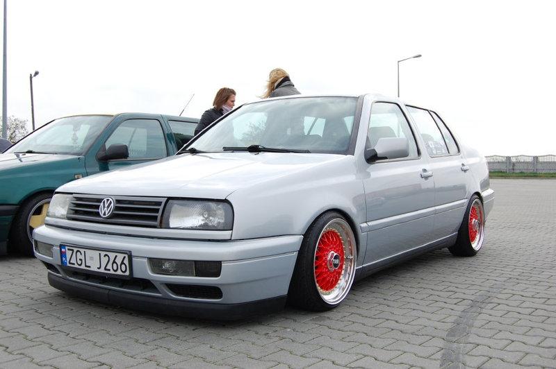 [ VW ] VENTO 0b524610
