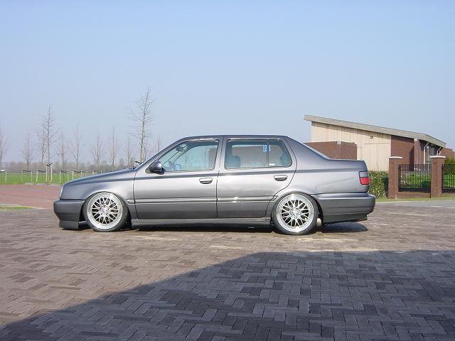 [ VW ] VENTO 20014710
