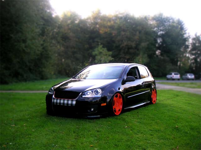 [ VW ] GOLF MK5 212