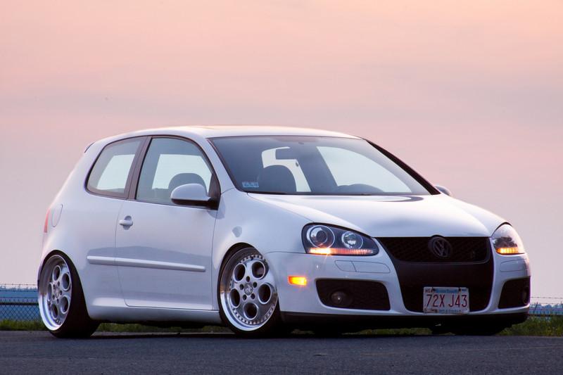 [ VW ] GOLF MK5 3410