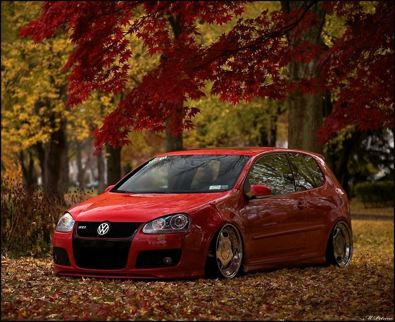 [ VW ] GOLF MK5 40537710