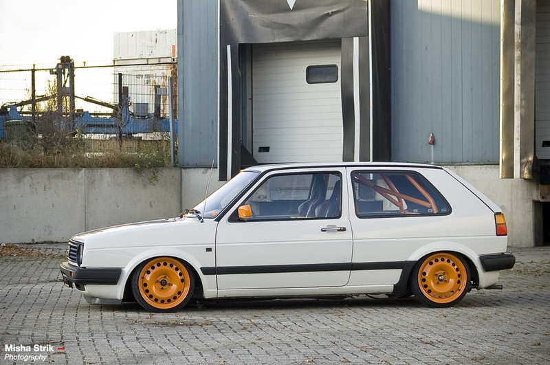 [ VW ] GOLF MK2 47203210