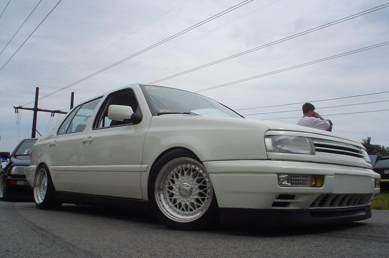 [ VW ] VENTO Broked10