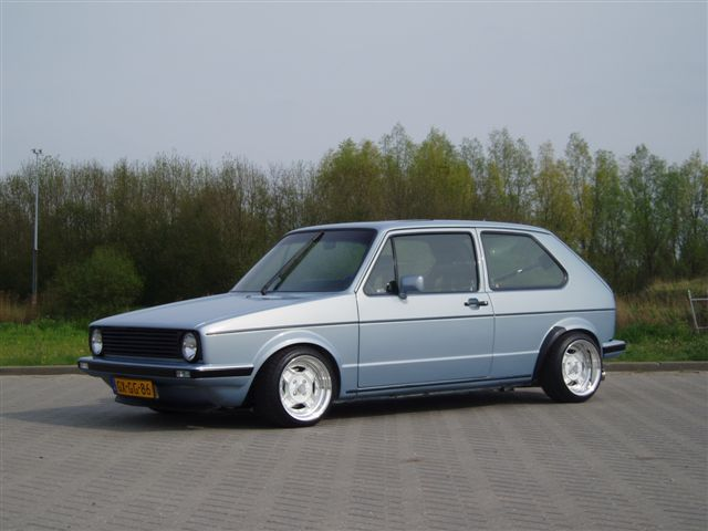 [ VW ] GOLF MK1 - Page 2 Clinto10