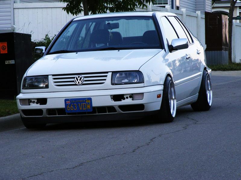 [ VW ] VENTO Dscf1010