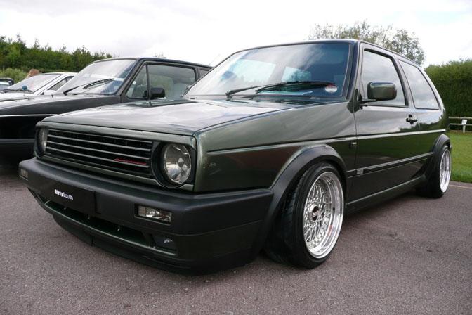 [ VW ] GOLF MK2 Retro410