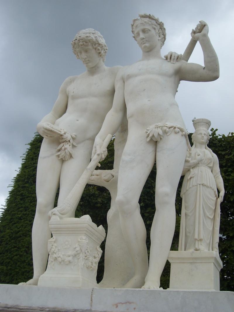 La statuaire dans les jardins de Versailles Vennet10