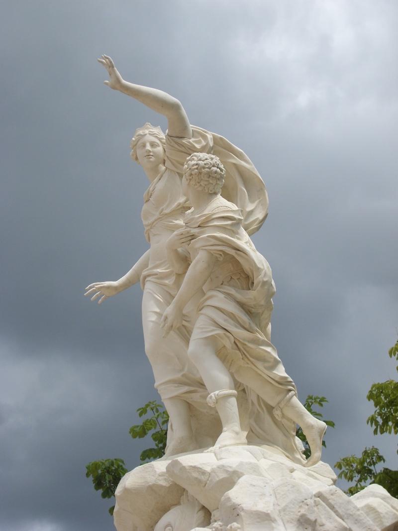 La statuaire dans les jardins de Versailles Vennet11