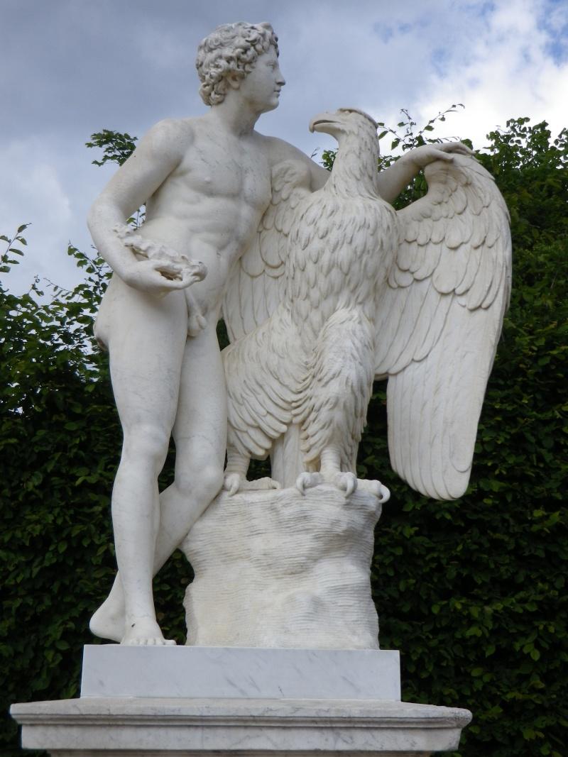 La statuaire dans les jardins de Versailles Versai36