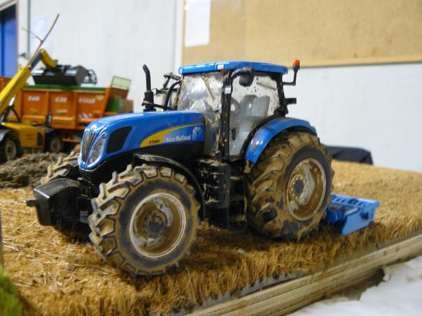 5ème exposition de miniatures de Bretagne, Plourin-Lès-Morlaix 03/01/2010 - Page 4 P1040742