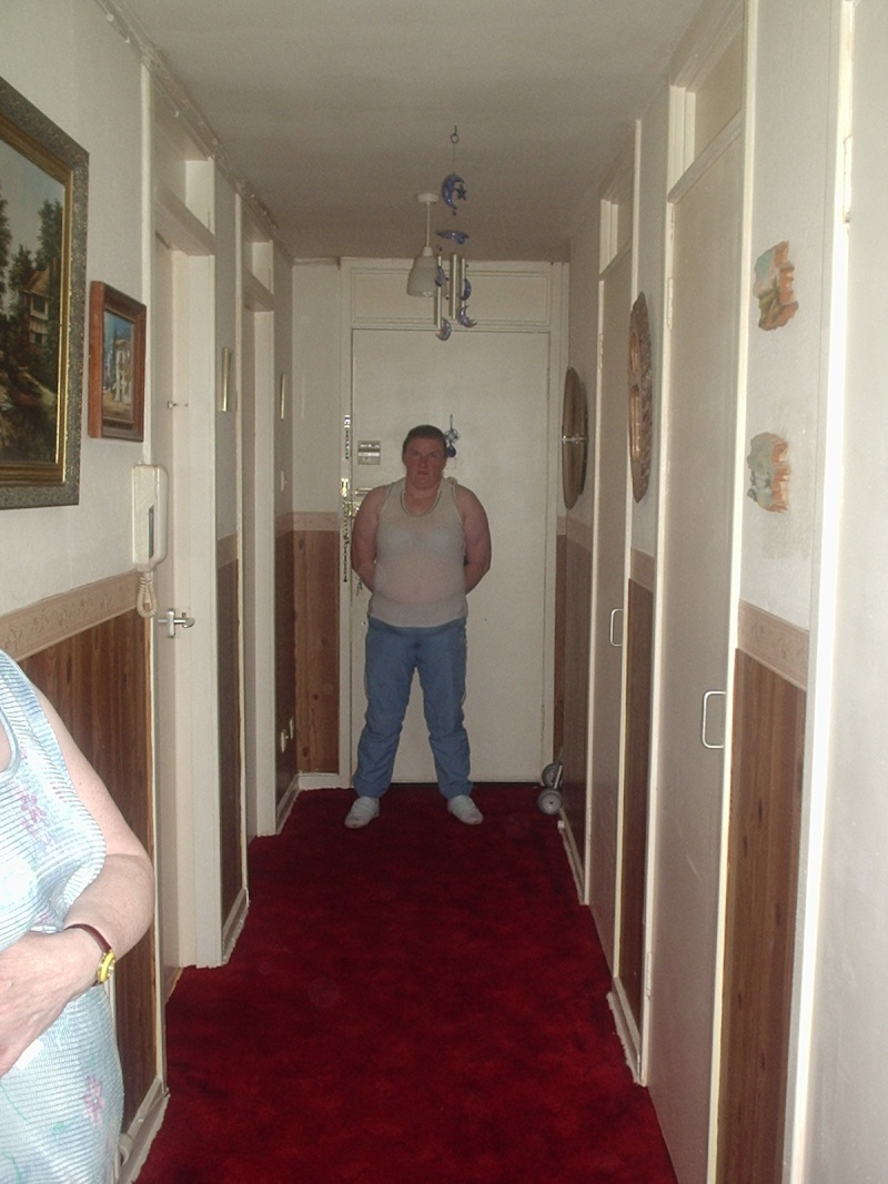 Pictures taken at my nanas (magz) Orbs_a21