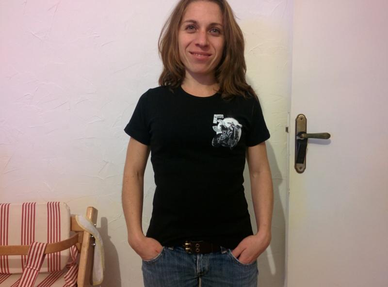 [Commande Ouverte] Tee-shirt du Forum. - Page 5 Img_2013