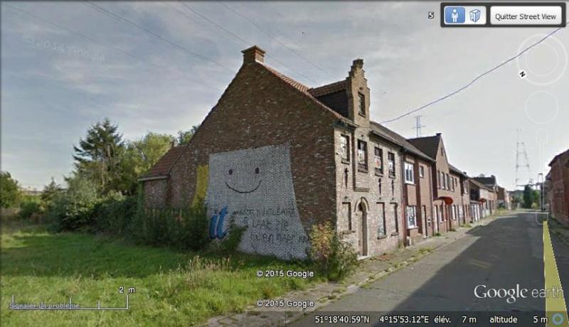 Les étranges graffitis d'un village fantôme. Doel en Belgique Noel10