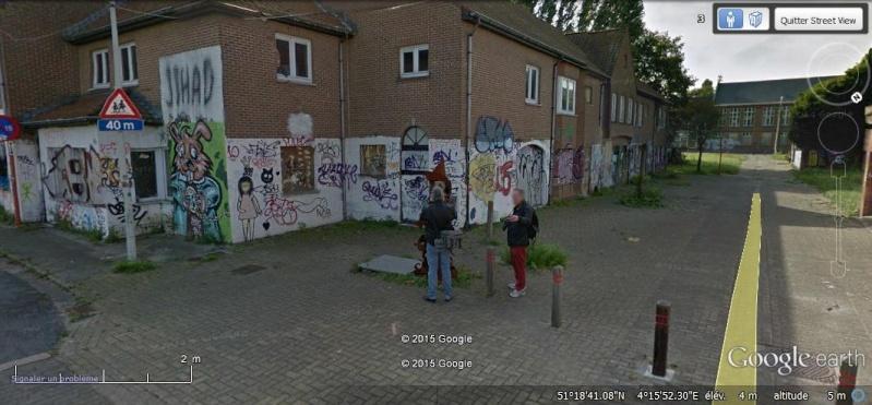 Les étranges graffitis d'un village fantôme. Doel en Belgique Zss10