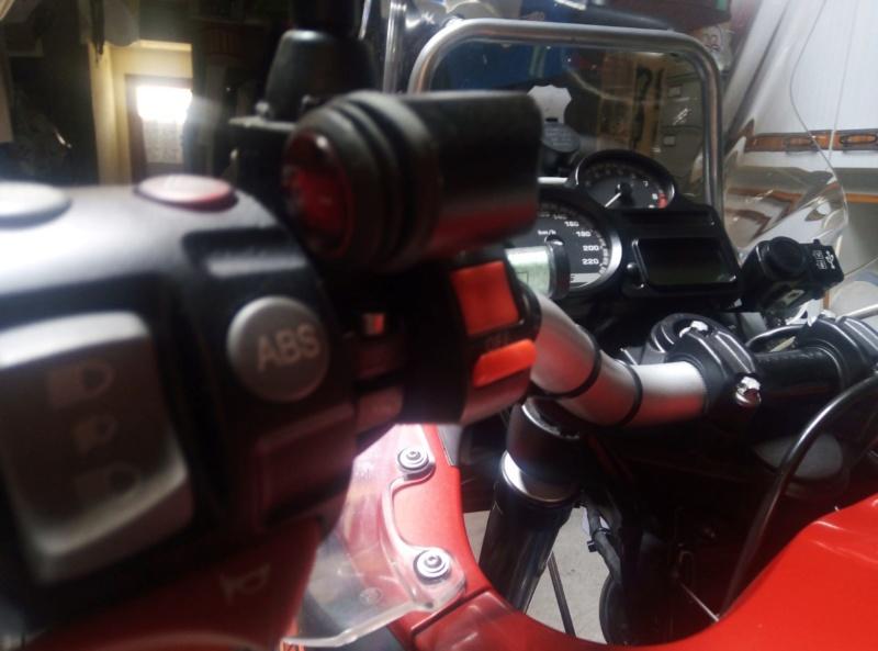 Notice de montage feu additionnel xenon sur 1200 GSA 2011 Interr10
