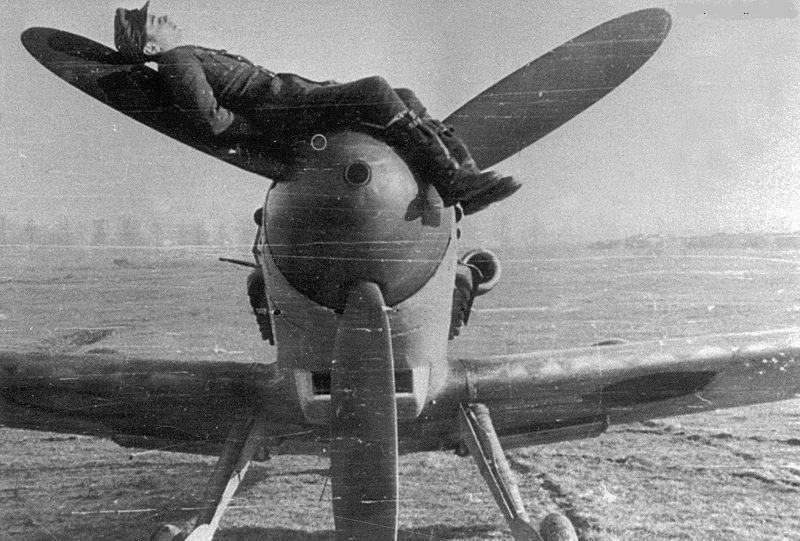 Photos insolites d'avions Bf109g10