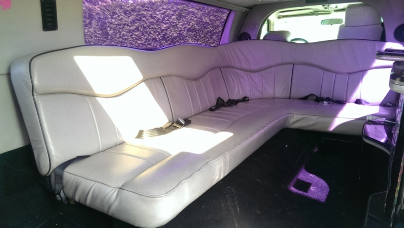 LIMOUSINE 8m50 Lincoln Tow Car 4,6 V8 GPL 9 places Imag1518