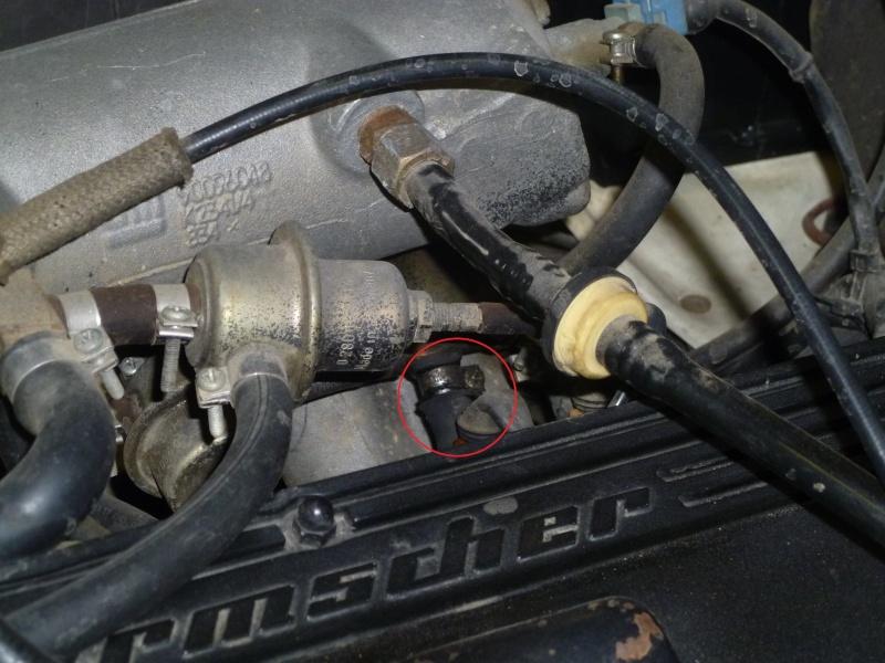 Fuite d'essence sur moteur 2,4 l (base Manta GSI) Copiep10