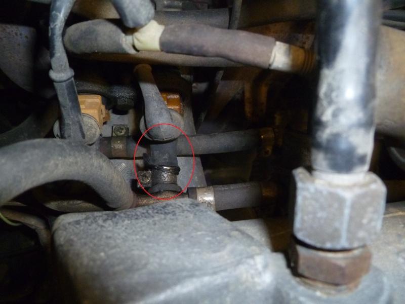 Fuite d'essence sur moteur 2,4 l (base Manta GSI) Copiep11