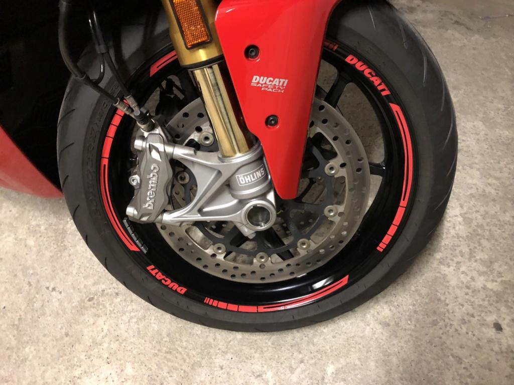 CR Ducati Supersport S... - Page 8 4e3e0510