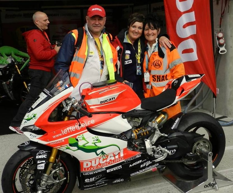 [Endurance] 24 Heures Motos, 18/19 avril 2015 - Page 11 11078010