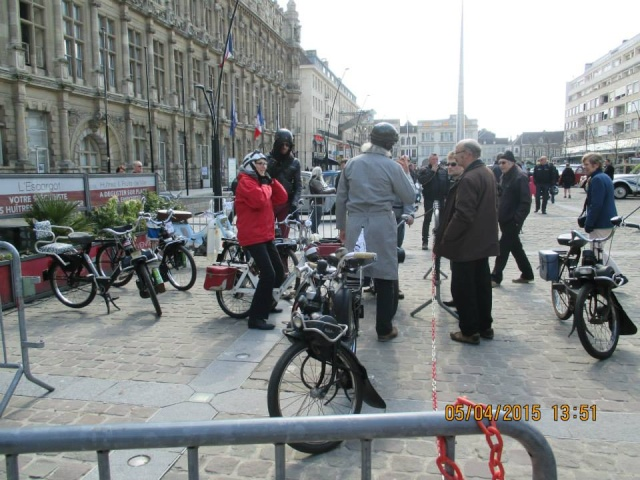 Compte-rendu 3ème rassemblement Hainaut Deuche 2015 10987410
