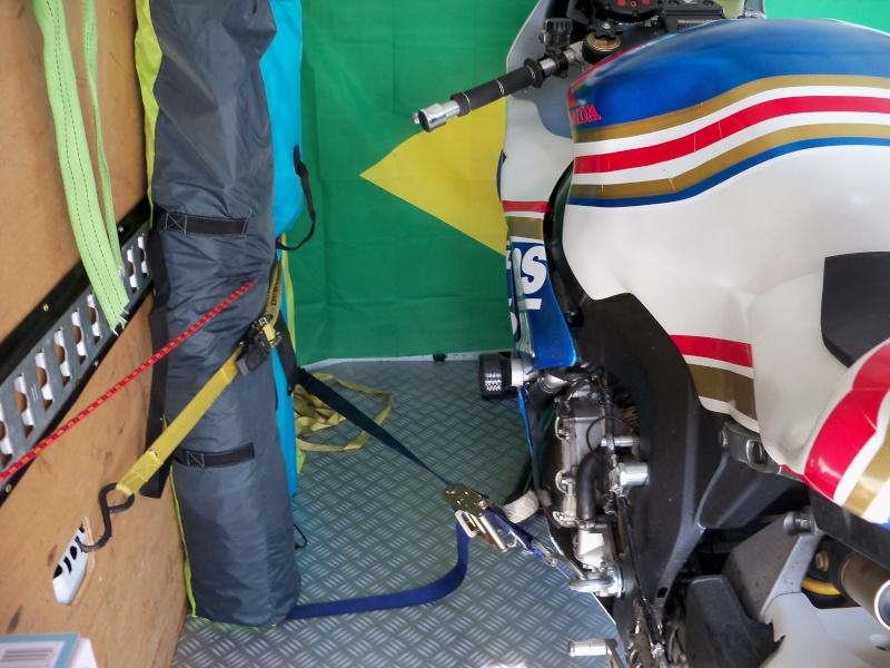 Utilitaire pour transport moto/matos - Page 3 100_3812