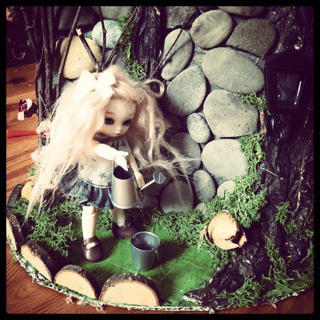 Maison de fée Puki, souche d'arbre Pullip 11167910