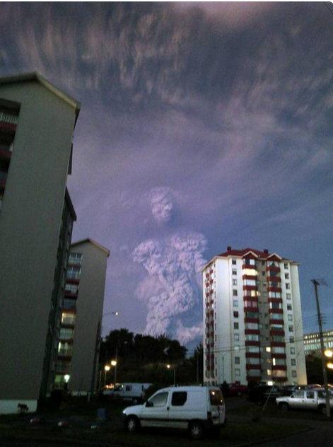 Un nuage de forme humaine près du volcan Calbuco intrigue Nuage_10