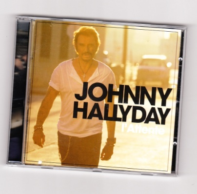 A gagner 10 albums officiels de johnny Captu110