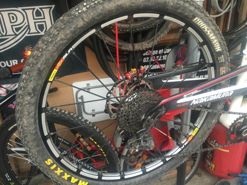 [vendu] paire de roue mavic SLR 26 pouces Img_2613