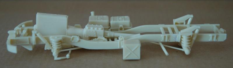 Montage spécial Mika. MB Unimog 404 Portugais en Angola ou Mozambique de chez Das werk Dsc_0018