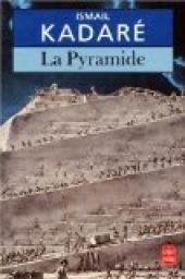 [Kadaré, Ismaël] La pyramide Cvt_la10