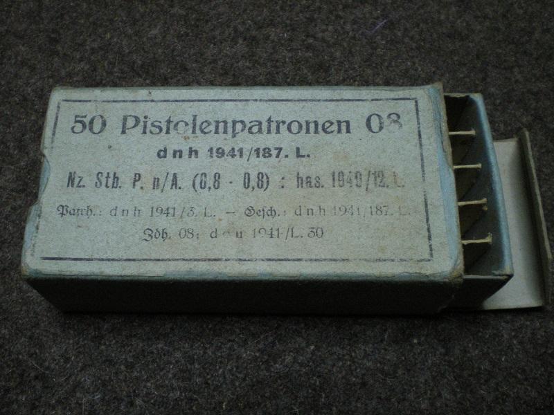 boite de 9 allemande peu connue Police10