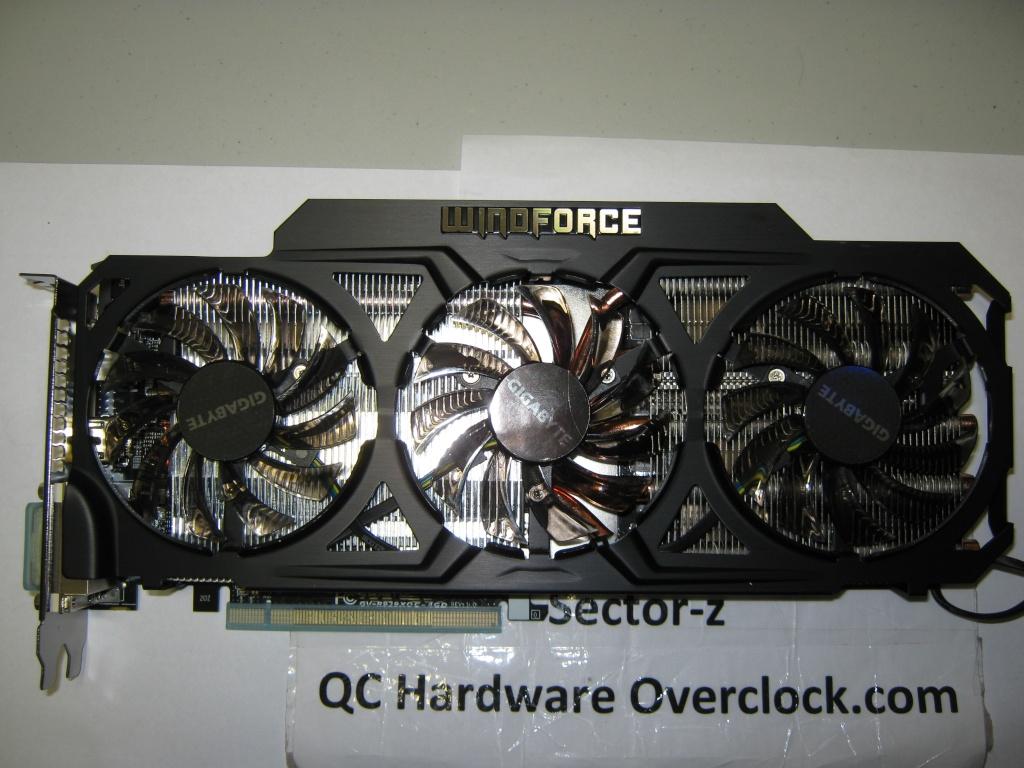 FS- Gigabyte R9 290X 4GB OC WINDFORCE 3X 450W Img_0522