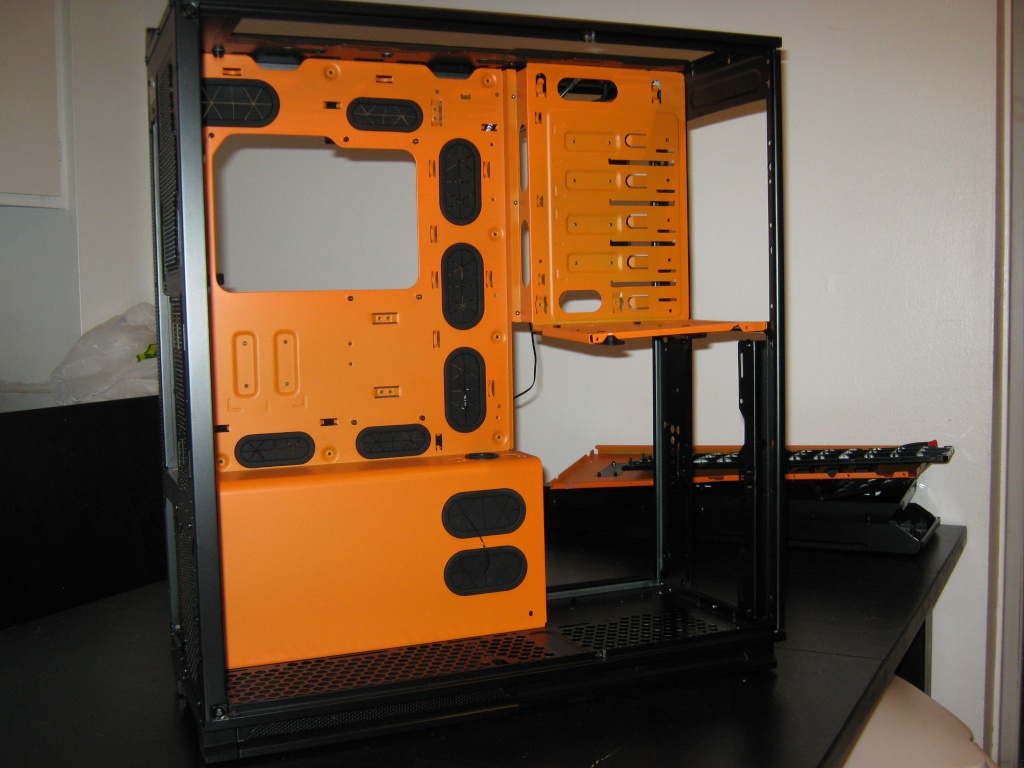 Projet pour Dvsfranck //// Phanteks Enthoo Primo Ultimate SE Black/Orange Img_0917