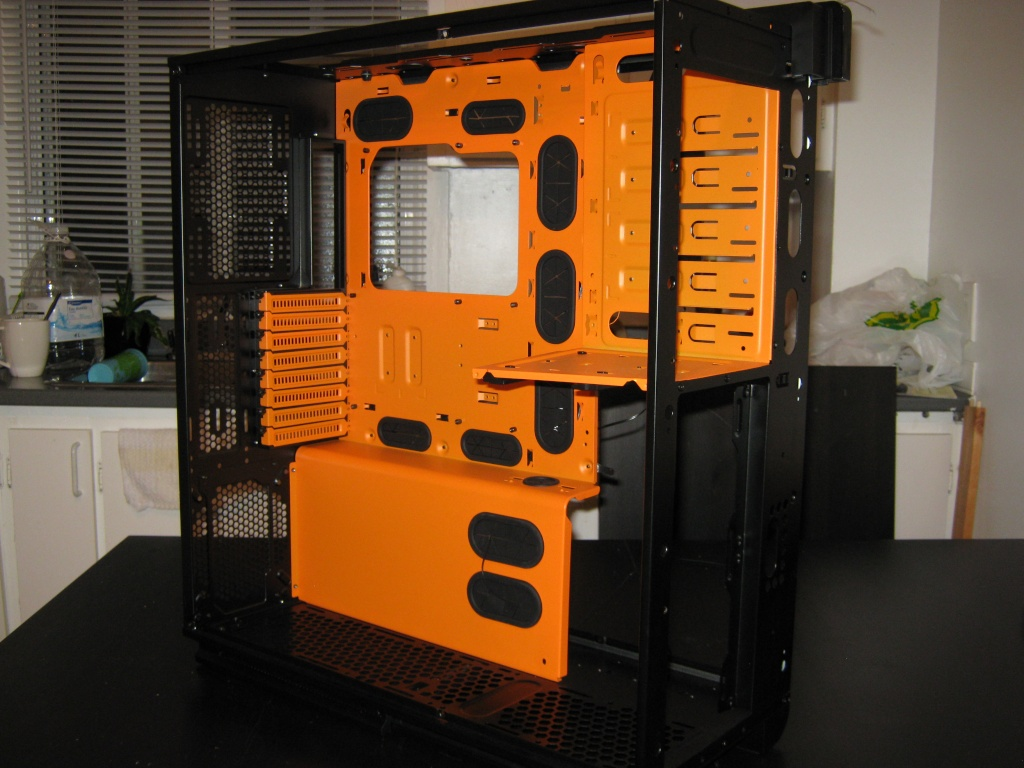 Projet pour Dvsfranck //// Phanteks Enthoo Primo Ultimate SE Black/Orange Img_0918