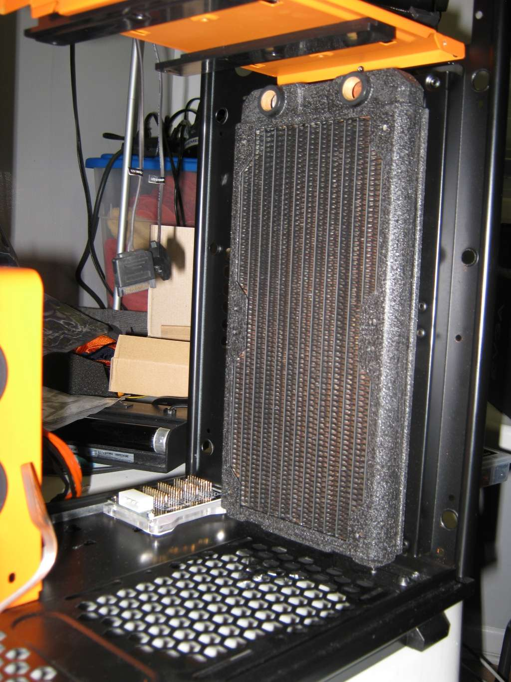 Projet pour Dvsfranck //// Phanteks Enthoo Primo Ultimate SE Black/Orange Img_1018