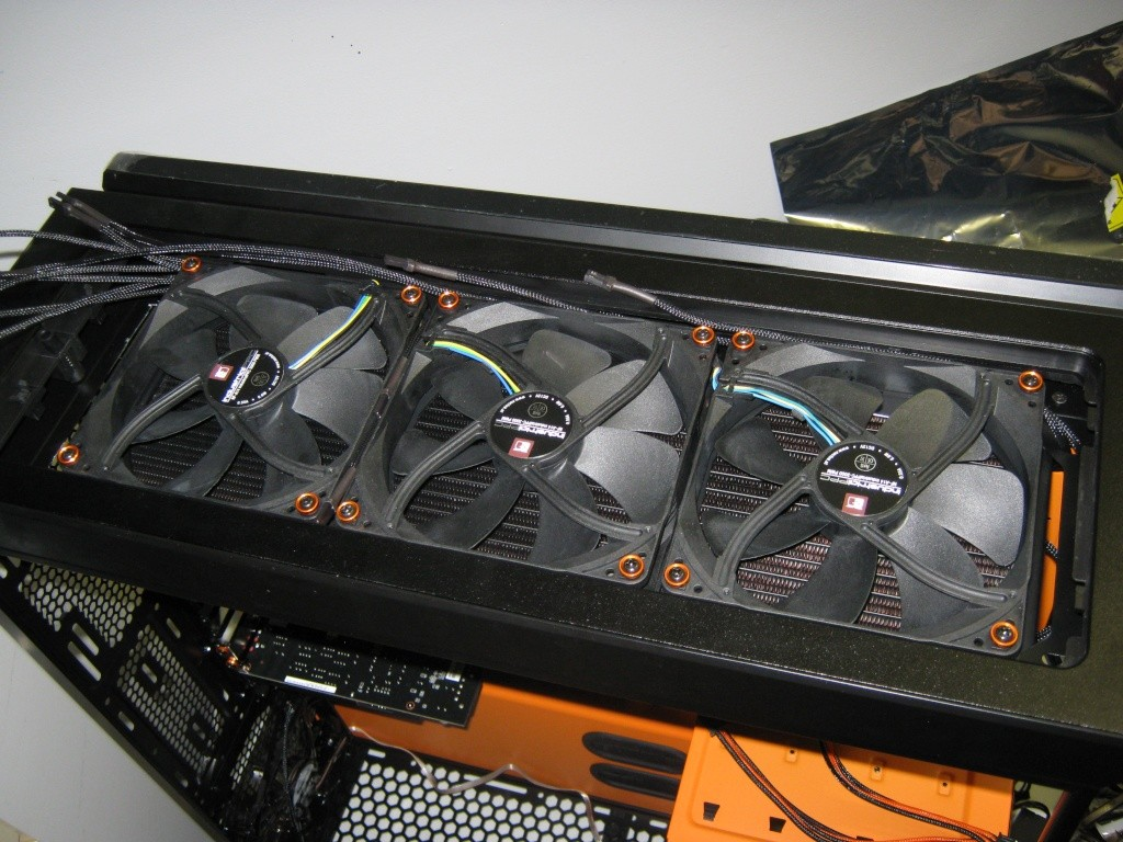Projet pour Dvsfranck //// Phanteks Enthoo Primo Ultimate SE Black/Orange Img_1020