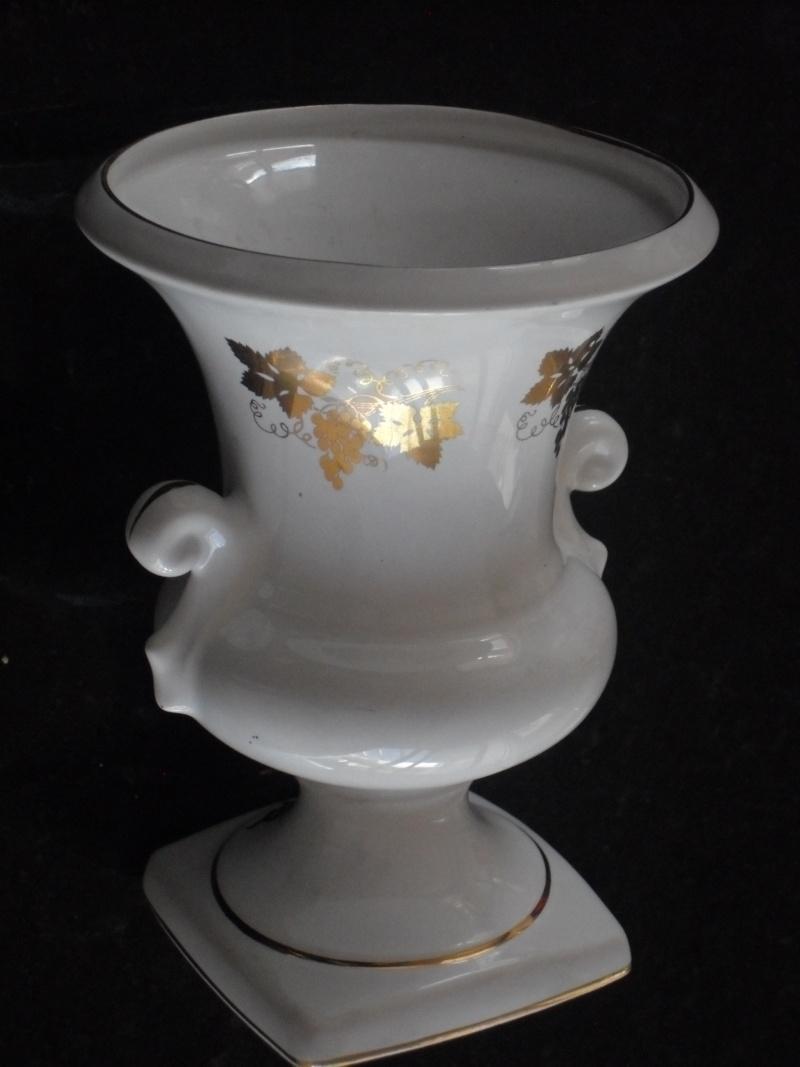 WhiteTitian vase Titian10